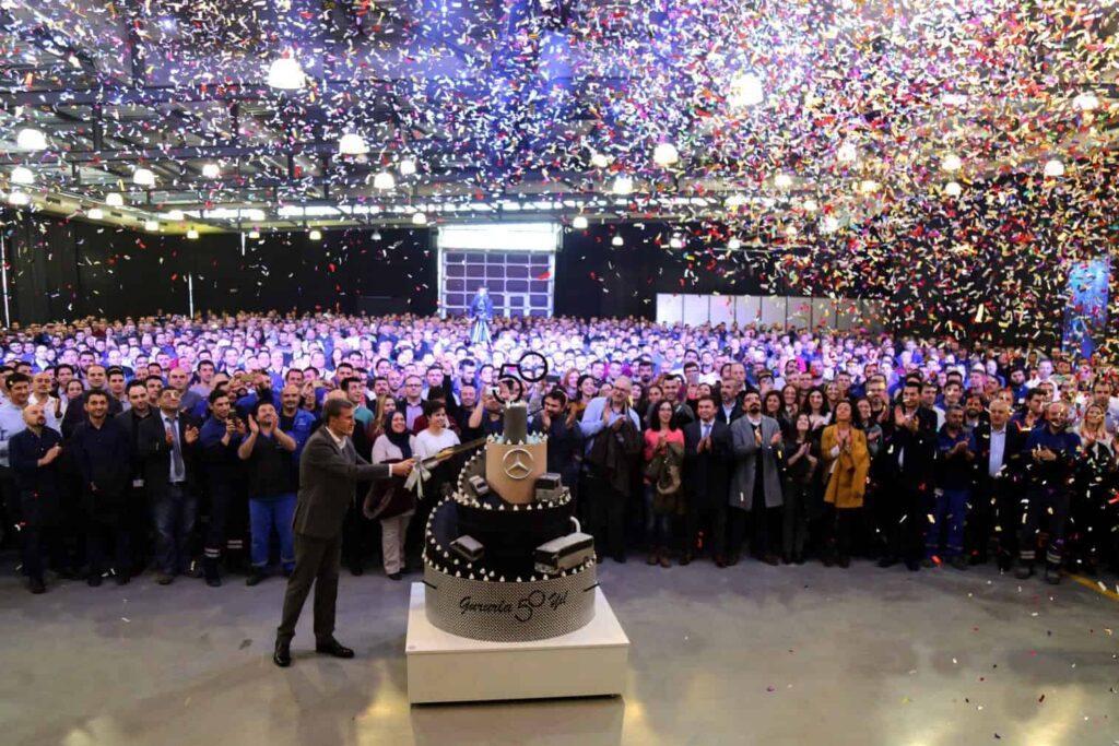 Mercedes-Benz Türk Aksaray Kamyon Fabrikası 50.Yıl Kutlaması (1) (1)